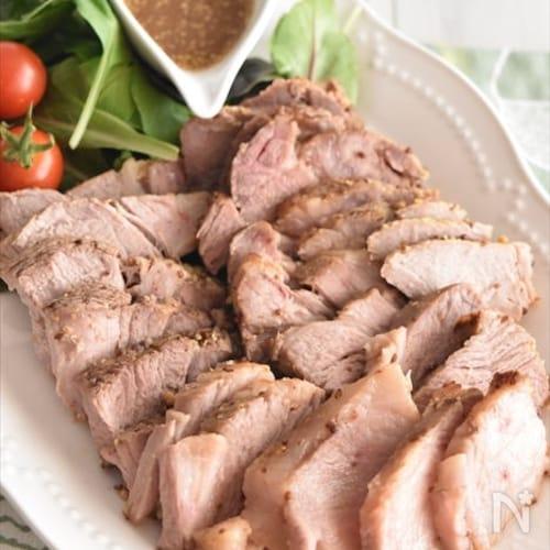 ほったらかしでOK!炊飯器でハニーマスタードのとろとろ煮豚