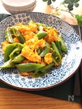食感も楽しめる♡スナップえんどうとふわふわたまごの中華炒め