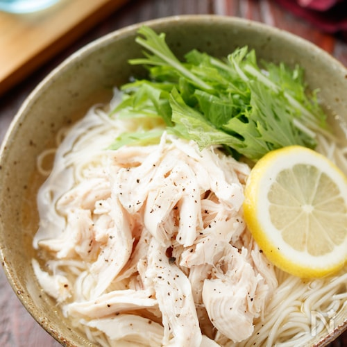ゆで鶏と水菜のつるつる塩そうめん【#夏休み#ランチ】