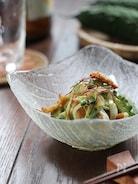 カリカリ鶏皮とゴーヤのサラダ