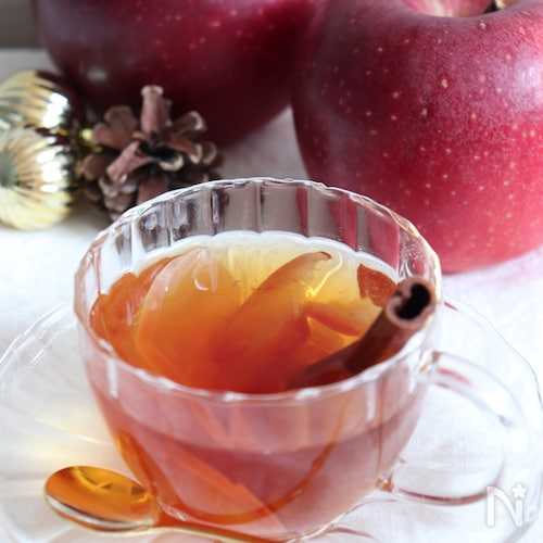 ほっこりするアップルシナモン東方美人茶。