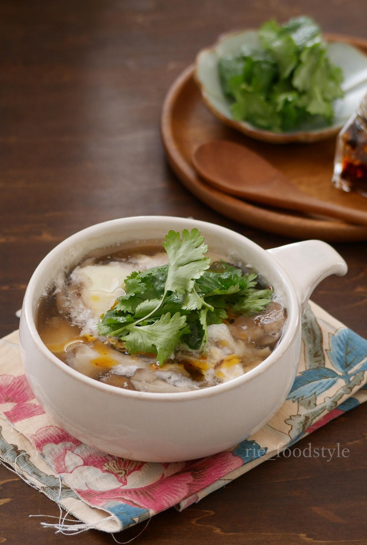 酸辣湯(サンラータン)風スープ
