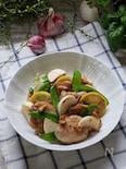 炭酸水でもっちり鶏むね肉で野菜とニンニクレモン麹炒め