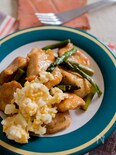 鶏胸肉とアスパラの照り焼きガーリック南蛮風