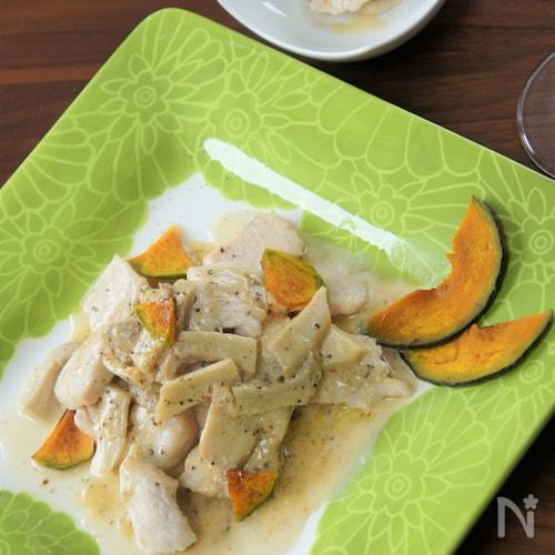 鶏むね肉とエリンギのクリームソース