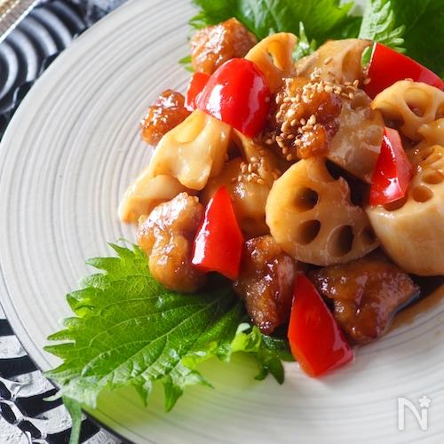 【薄切り肉を塊肉に】豚ばら肉とれんこんの黒酢炒め