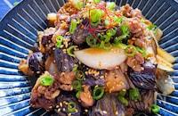 とろっと茄子があと引く美味しさほんのり甘め豚こま生姜焼き