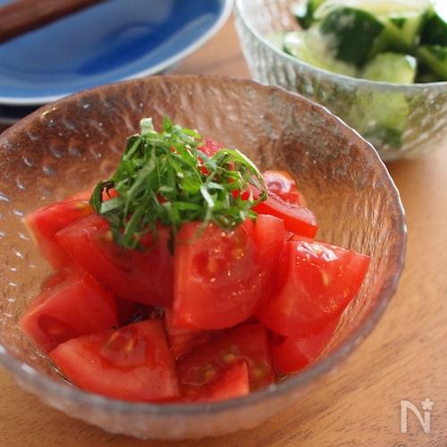 トマトと大葉の黒酢マリネ