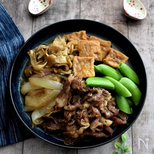 厚揚げで野菜もたっぷり肉豆腐風