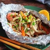 《フライパンで簡単!!》鮭のホイル焼き