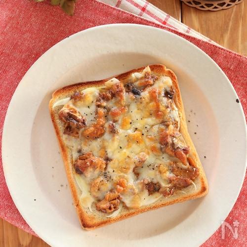 鯖みそチーズのっけパン