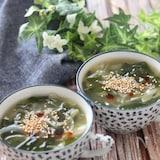 簡単激旨何回でも作りたい♡わかめと玉ねぎのトロトロ中華スープ