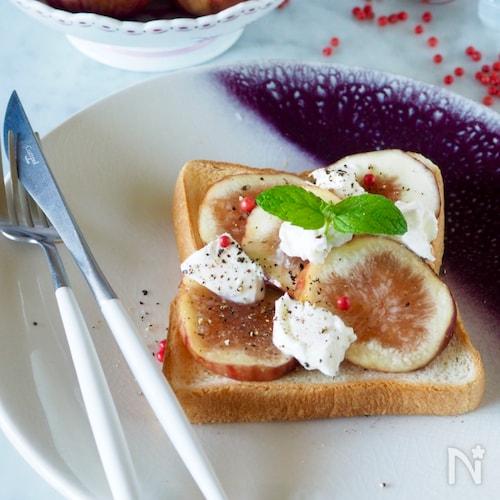 【とろ〜りとろける】無花果とクリームチーズのトースト♪