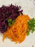 あと1品。アレンジいろいろ。人参と紫キャベツの2色マリネ。