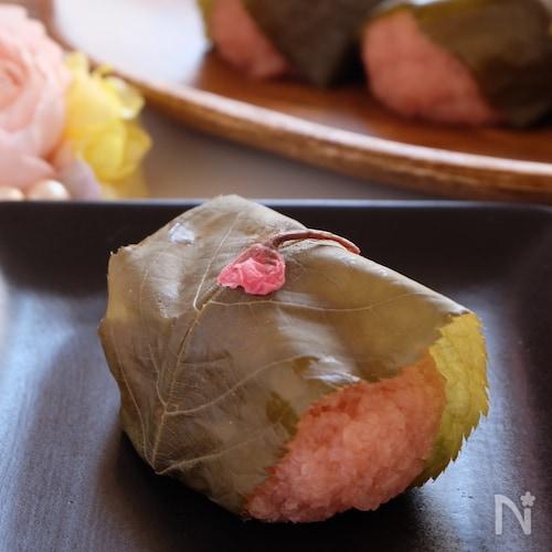 フライパンDE作る‼️本格和菓子 桜餅〜