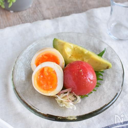 簡単♪うま味増し増し!めんつゆ漬け*トマトと卵とアボカド☆