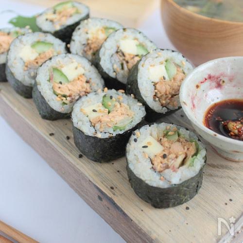 鮭マヨ海苔巻き§塩鮭や鮭フレークで