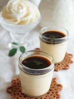 黒蜜きな粉ソースの、和風豆乳プリン