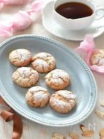 バニラとアーモンドのアマレッティー(アーモンドクッキー)
