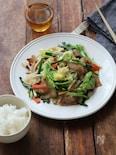 丁寧に作る、肉野菜炒め。