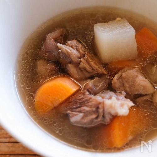 台湾スープ【牛筋牛すね大根スープ】清燉半筋半肉蘿蔔湯