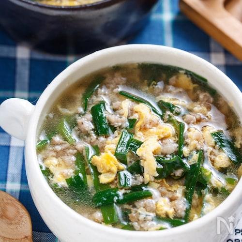 とろ〜り♡ニラ玉とひき肉のおかずスープ【#とろみづけ不要】