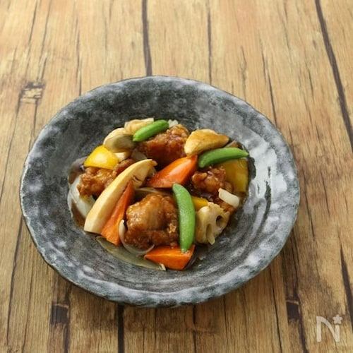 鶏肉と彩り野菜の黒酢あん