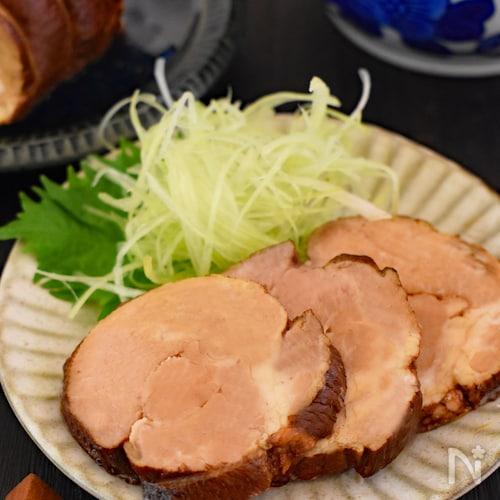 紅茶豚(紅茶で煮るやわらかチャーシュ)