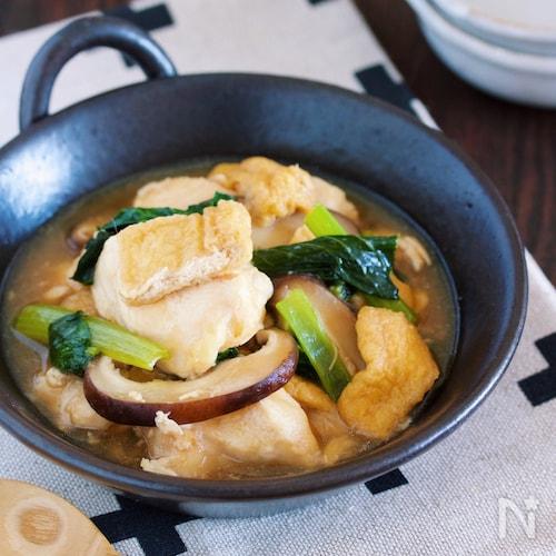 鍋に重ねて放置で8分♪『鶏むね肉と油揚げの和風とろみ煮』