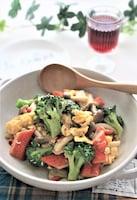 カニカマとブロッコリーのふんわり卵炒め