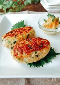 『夕飯のおかず☆シャキシャキれんこんと鶏ひき肉のつくね』