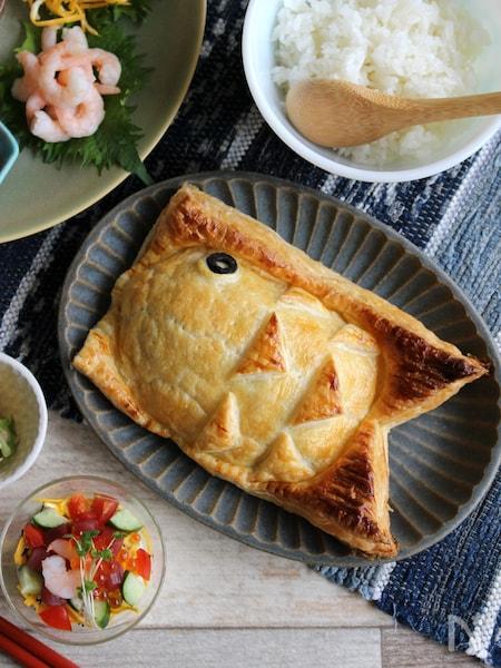 パイシートでお手軽華やか♪サーモンのこいのぼりパイ