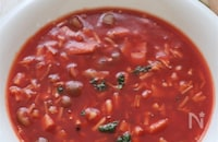 レンジで5分!たっぷりきのこのダイエットトマトスープ