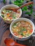 *もち麦入りきゅうりとトマトとツナとコーンの冷製スープ*