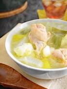 【鍋ひとつで簡単】鶏手羽元と野菜のスープ