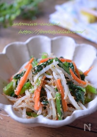 『もやしと小松菜と人参のごま和え☆時短で安い簡単副菜♪』