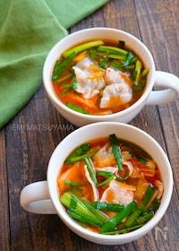 『キッチンバサミで包丁不要!簡単豚ニラキムチ味噌スープ』