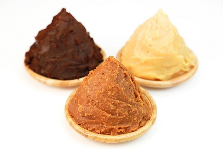 味噌の種類と特徴|米味噌、麦味噌、豆味噌、調合味噌、無添加味噌、淡色みそ、赤みそ、白みそ、信州みそ
