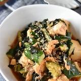 豆腐とわかめの韓国風サラダ