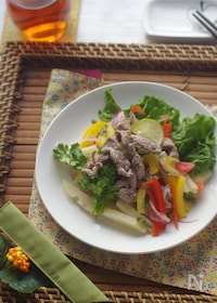 『体を温めるラム肉とジャガイモのアジアンサラダ』