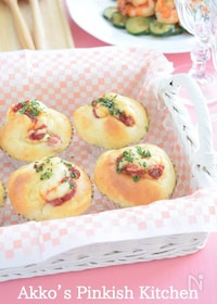 『ホットケーキミックスで作るウィンナーパン』