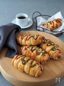 うどんとホケミで簡単!ソーセージパン【冷凍うどん】