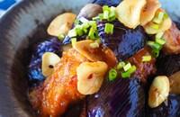 【とろとろなすと鶏肉のピリ辛にんにく味噌】ご飯おかわり必須!
