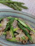 豚バラ肉とアスパラガスのガーリック塩炒め