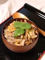 生姜香るごぼうの卵とじ丼