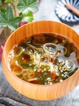 焦がしネギとわかめのピリ辛♡中華スープ【#簡単#水戻し不要】
