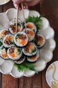 キンパ(韓国風海苔巻き)。