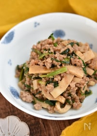 『高野豆腐とにらの甘辛そぼろ【作り置き】』