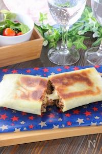 フライパンで簡単!とろ〜りチーズの春巻きの皮カレーミートパイ