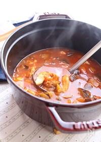 『ささみでヘルシー♪野菜ジュースで煮こむ鶏肉のスープ煮』
